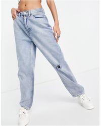 Urban Bliss Jeans slim dritti lavaggio chiaro con strappi - Blu