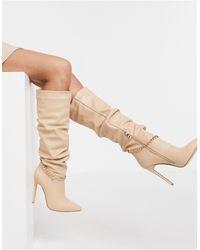 SIMMI Shoes Simmi - London Cena - Bottes hauteur genou à talon aiguille avec chaîne amovible - Beige - Neutre