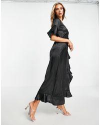 AX Paris Атласное Платье Черного Цвета С Запахом Для Подружки Невесты -черный Цвет