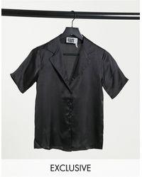 Reclaimed (vintage) Inspired - Chemise en satin à manches courtes - Noir