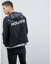 Hollister - Unlined Lightweight Hooded Jacket With Black Camo & Solid - Lyst