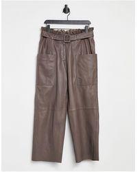 SELECTED Pantalones marrones con cintura paperbag - Marrón