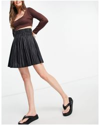 I Saw It First Pleated Pu Skirt - Black