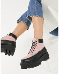 LAMODA Chunky Hiker Boots - Pink
