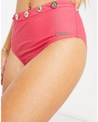 Juicy Couture Boardwalk Sass - Slip bikini a vita alta rossi con bottoni oro - Rosa