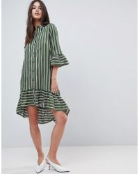451e8c65637 Lyst - Robe chemise rayures et ourlet volant Vila en coloris Vert