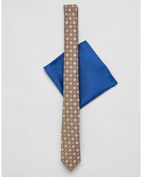 ASOS Cravatta slim da matrimonio con stampa color senape e fazzoletto da taschino - Giallo