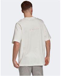 adidas Originals T-shirt premium sovratinta con logo centrale e ricamo sul retro bianco sporco