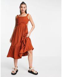 Fashion Union Платье Миди С Открытой Спиной, Присборенной Юбкой И Оборками -коричневый Цвет