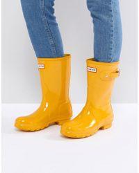 HUNTER - Original Short Gloss Wellington Boot In Yellow - Lyst