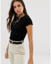 New Look Aangerimpeld Cropped T-shirt In Zwart