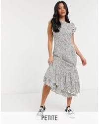 Chi Chi London Повседневное Платье С Оборками В Горошек Reese-коричневый Цвет