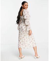 Missguided - Платье Макси Кремового Цвета С Цветочным Принтом И Завязками На Плечах -белый - Lyst