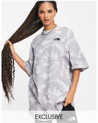 The North Face Exclusivité asos - - robe t-shirt en jersey effet tie-dye - Gris