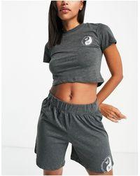TOPSHOP Pijama corto color carbón con lavado ácido y diseño - Gris