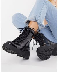 Pull&Bear Lace Up Biker Boot With Chunky Sole - Black