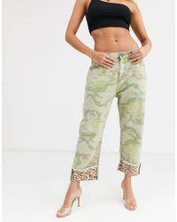 One Teaspoon – Bandits – Gerade geschnittene Jeans mit Military- und Leopardenmuster - Grün