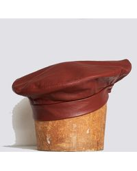 b670133f6d9b2 Lyst - Clyde Leather Beret in Black
