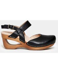 """Dansko """"taci"""" Sandal In Leather - Black"""