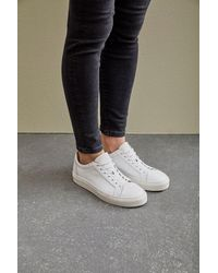 SELECTED Donna White Trainers