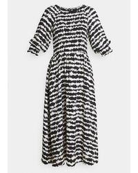 B.Young Byflouri Dress & White - Black