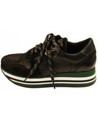 Kanna Platform Sneaker - Black