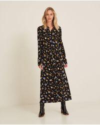 Yerse Long Flowy Print Dress - Black