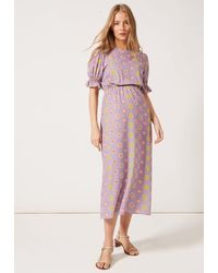 PHOEBE GRACE Tilly Round Necked Midaxi Puff Sleeved Dress Lilac Daisy - Purple
