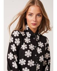 PHOEBE GRACE Nancy Long Sleeve Shirt In Black/white Daisy