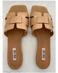 Bibi Lou Tan Leather H Flat Sandals - Multicolour