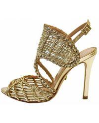 Schutz Women's S013871219 Thamis Gold Sandal - Metallic