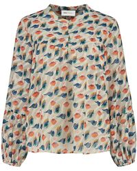 POM Amsterdam Winks And Kisses Ivory Top - Multicolor