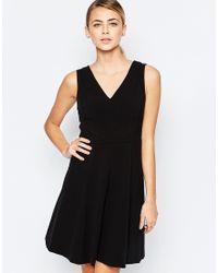 Oasis V Neck Skater Dress - Black