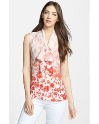 Classiques Entier Print Sleeveless Silk Bow Neck Blouse - Lyst