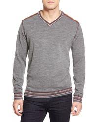Classic Fit Robert Graham Shayne V-Neck Wool Sweater Gray