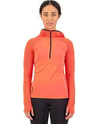 Mons Royale Bella Tech Hooded Top - Red