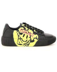 Versace - Greca Sneakers With Medusa Smile Print - Lyst