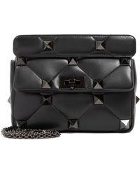 Valentino Roman Stud The Shoulder Bag Medium - Black