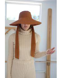 Beklina Tie Hat Brown