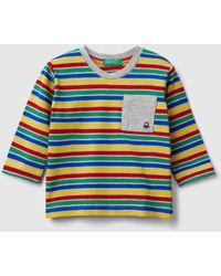 Benetton Gestreiftes T-shirt Mit Tasche - Mehrfarbig