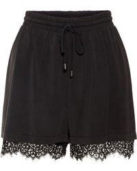 Vero Moda Spitzen Shorts - Schwarz