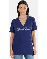 Blue & Cream Script V-neck Classic T-shirt - Blue