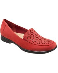 Trotters - Women's Jenn Laser Slip-on - Lyst