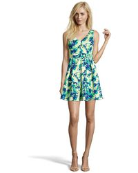 Romeo and Juliet Couture - Floral V-neck Dress - Lyst