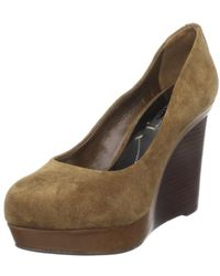 BCBGMAXAZRIA - Womens Mason Closed Toe Classic Pumps - Lyst
