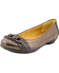 Softspots - Posie Round Toe Leather Flats - Lyst