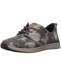 Reef - Women's Rover Low Tx Fashion Trainer - Lyst