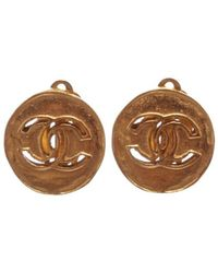Chanel - Pre Owned- Gold Cc Disc Clip On Earrings - Lyst