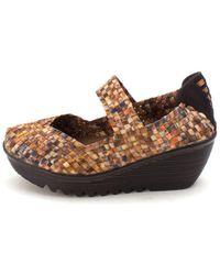 Bernie Mev - Womens Lulia Fabric Closed Toe Clogs - Lyst