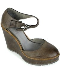 Brunello Cucinelli - Womens Brown Textured Leather Wedge Pumps - Lyst